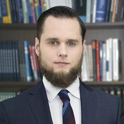 Adw. Filip Wołoszczak